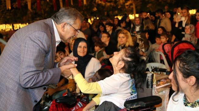 Başkan Murat Aydın, Serebral Palsi hastalarıyla yakından ilgilendi