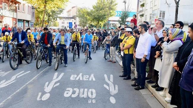 Bisiklet startını Başkan Döğücü verdi