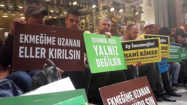 İBB mağdurları, CHP İl Başkanlığı önünde