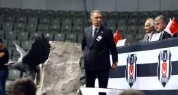 """Ahmet Nur Çebi, """"Büyük aşkımla, başkan olarak kucaklaştım"""""""