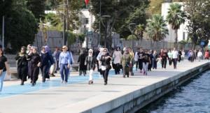 Beykozlu hanımlar sağlıklı kalmak için yürüyor