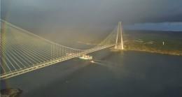 Gökkuşağı köprüyü sardı