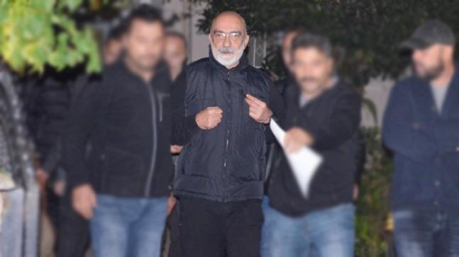 FETÖ'cu Ahmet Altan gözaltına alındı