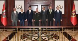 Ali Koç ve ekibi  Genelkurmay Başkanı Orgeneral Yaşar Güler'e ziyaret etti