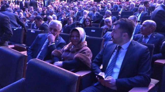 Başkan Döğücü, 'Akıllı Şehirler ve Belediyeler Kongresi'ne katıldı