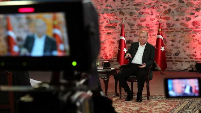 """Başkan Erdoğan, """"Kılıçdaroğlu Türkiye Doğu Akdeniz'de yok diyor ama teskereye destek vermiyor!"""