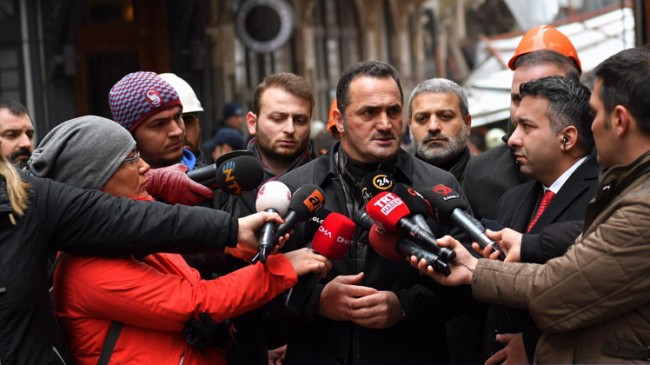 Başkan Yıldız, Beyoğlu'ndaki metruk bina ile ilgili açıklama yaptı