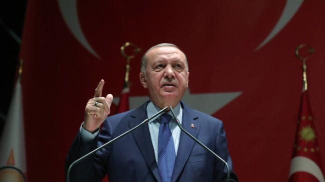 """Belediye başkanlarına seslenen Erdoğan, """"Kibirlenmek, insanımıza tepeden bakmak AK Parti'liye, bize yakışmaz"""""""