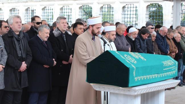 Metin Şentürk'ün babası Şükrü Şentürk, ebediyete uğurlandı