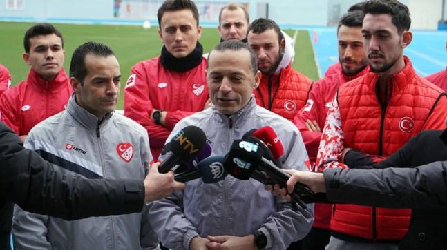 """Cüneyt Çakır, """"En büyük hedefimiz Avrupa Şampiyonası'nda bulunmak"""""""