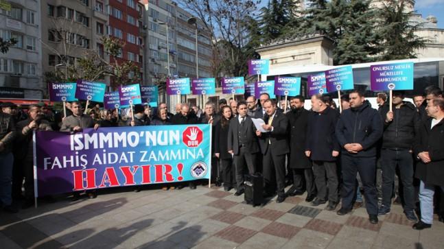 İstanbul meslek grupları, İSMMMO'nun fahiş maktu zammını protesto etti