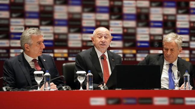 TFF Başkanı Nihat Özdemir, 'bırakıyor' iddialarına yanıt verdi