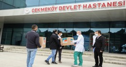 Çekmeköy Belediyesi ilçedeki sağlık çalışanlarına siperli maske dağıttı