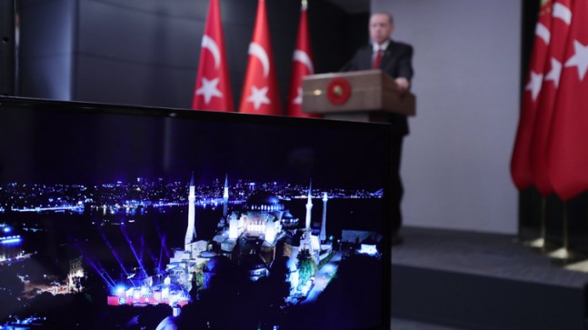 Erdoğan, Ayasofya'da düzenlenen İstanbul'un Fethi programına katıldı
