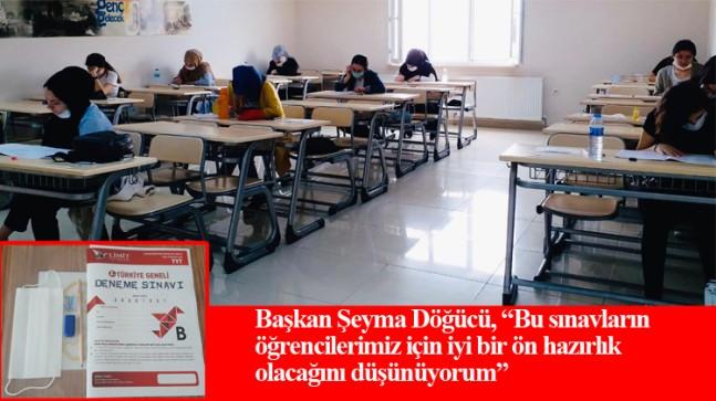 Sancaktepe Belediyesi, öğrencilere Temel Yeterlilik Testi sınavı düzenledi