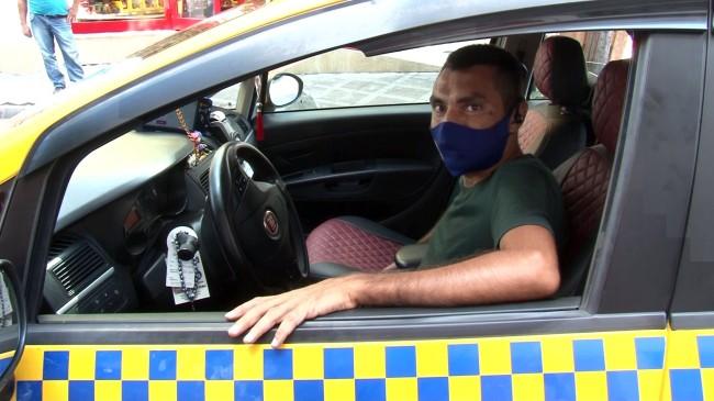 Taksi şöföründen örnek davranış