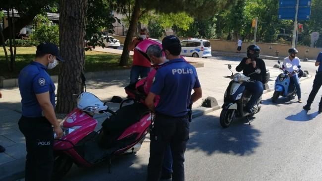 Kadıköy'de motosiklet denetimi