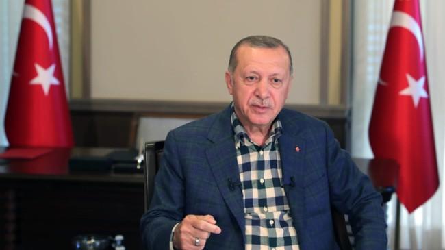 """Erdoğan, """"Kendini milletin üstünde gören, gönül kıran, dışlayan AK Parti'li olamaz!"""""""
