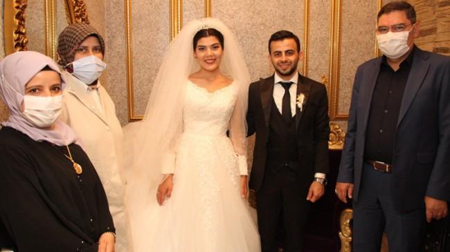 Metin- Emine Zeynep Yaşar çifti, çocukları Bahadır'ın mürüvvetini gördü