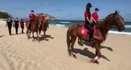 Şile sahillerinde atlı polis denetimi