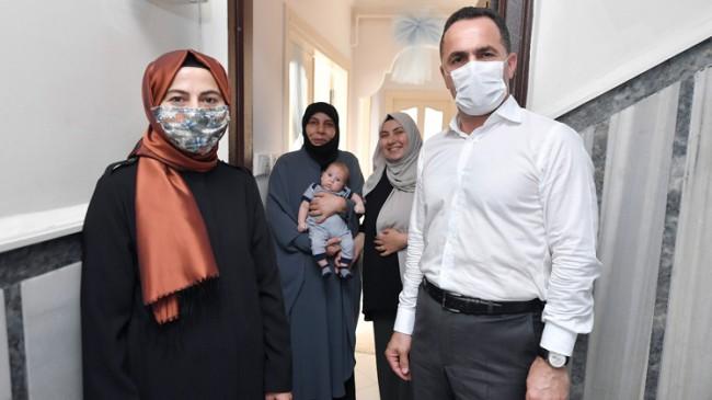 Beyoğlu Belediyesi'nin 'Hoşgeldin Bebek' ziyaretleri devam ediyor