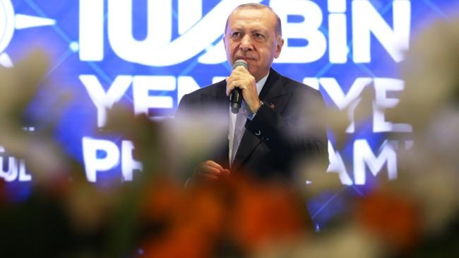 """Cumhurbaşkanı Erdoğan, """"Macron senin zaten süren az kaldı, gidicisin"""""""