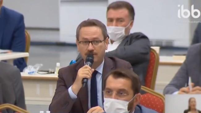 """İmamoğlu'na tepki gösteren Başkan Kartoğlu, """"Vatandaş şovu yemez!"""""""
