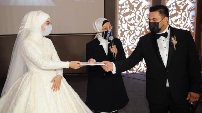 İstanbul Milletvekili Ravza Kavakçı Kan, nikah şahidi oldu
