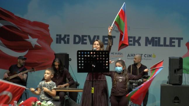 """Azerin: """"Karabağ'da Azerbaycan bayrağını dalgalandıracağız"""""""