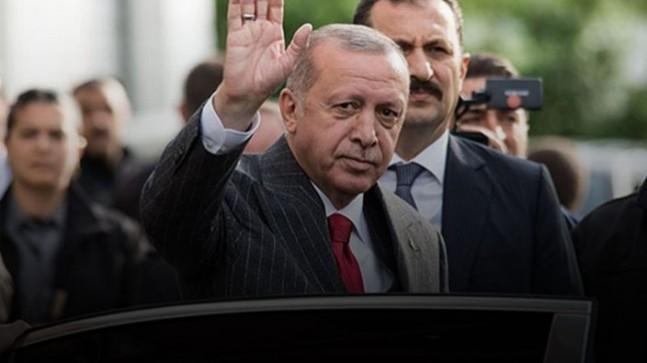 Başkan Erdoğan İstanbul İl Başkanlığında, gidenler kalanlar bugün belli oluyor!