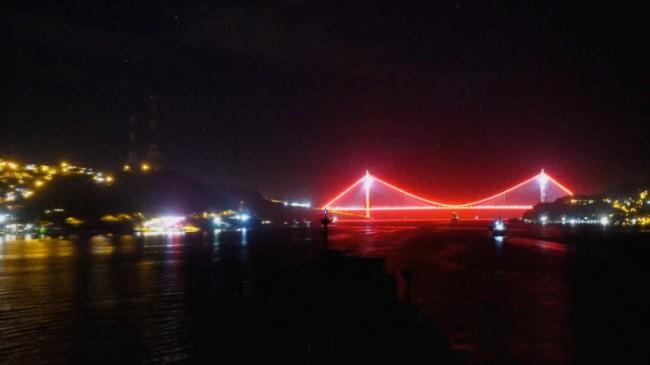 Gemi kaptanlarının objektifinden İstanbul Boğazı'nın muhteşem görüntüleri