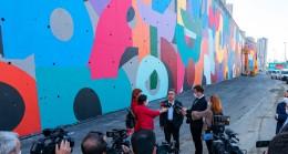 İBB, yol kenarındaki duvarlara LGBT algısı mı vermek istiyor?