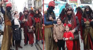 İstiklal Caddesi'nin ilgi odağı oldular