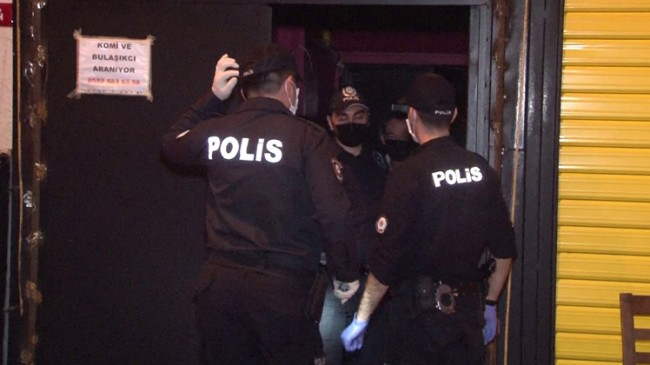 Polis, Ataşehir'deki korona partisine baskın yaptı