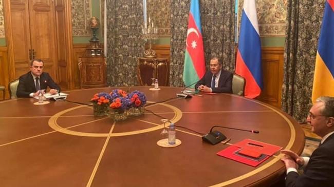 Rusya'daki Azerbaycan-Ermenistan arasında görüşmelerde ateşkes ilan edildi