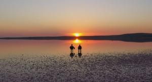 Tuz Gölü'nde muhteşem bir günbatımı