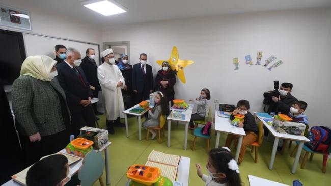 Öğretmen Semiha Yıldırım Külliyesi ve Hicret Camii hizmete açıldı