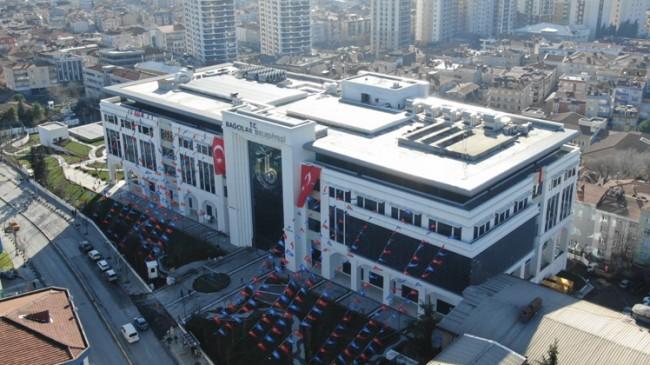 Bağcılar halkı son teknolojiyle donatılmış belediye binasına kavuştu