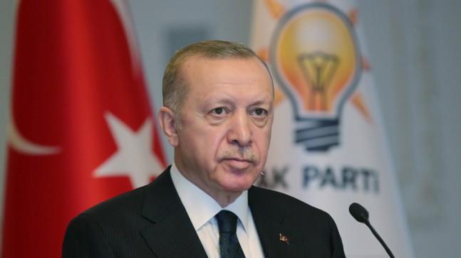 """Cumhurbaşkanı Recep Tayyip Erdoğan, """"AK Parti siyasi, sosyal veya ekonomik kariyer kurumu değil, hizmet ocağıdır"""""""
