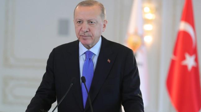 """Erdoğan, """"Milletimiz, hiç kimsenin demokratik ve ekonomik kazanımlarına el uzatmasına izin vermeyecektir"""""""
