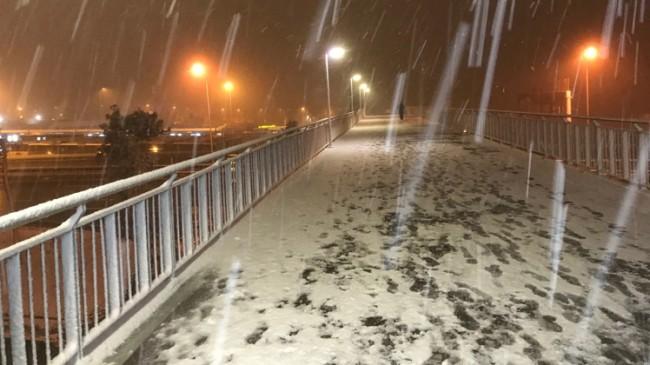İstanbul'a lapa lapa kar yağıyor