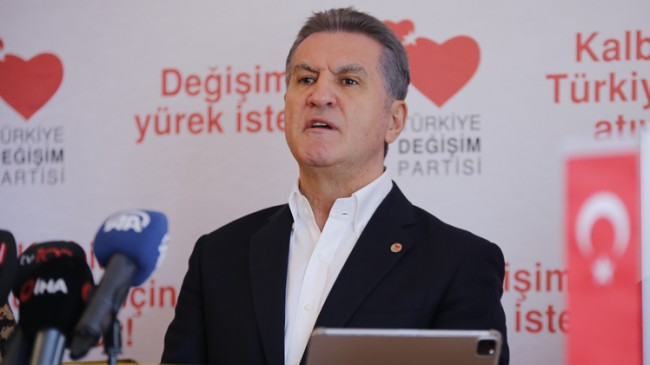 """Mustafa Sarıgül, """"CHP'den istifa edenler milletvekilliğinden de istifa etmeli!"""""""