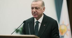 Kemal Kılıçdaroğlu'nun zerre kadar onuru olsa o koltuktan çekip giderdi