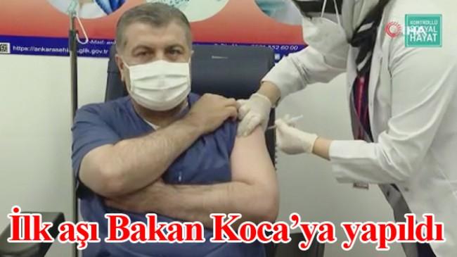 Sağlık Bakanı Koca, CoronaVac aşısı oldu