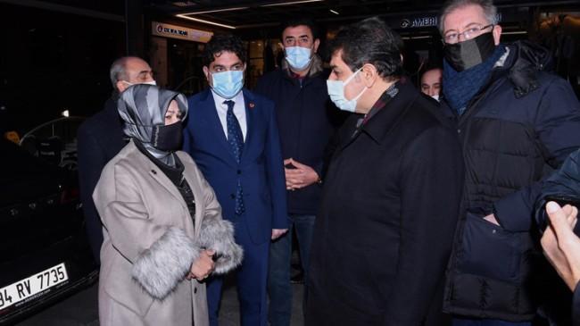 AK Parti'li Belediye Başkanları Topbaş'ın ailesine taziye dileklerini ilettiler