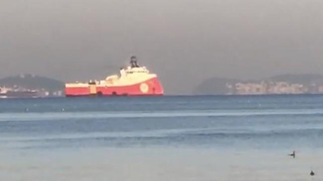 Barbaros Hayrettin Paşa sismik araştırma gemisi Tuzla Limanı'nda