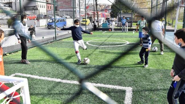 Beyoğlu Belediyesi'nden Haliç'in yanı başına bir spor tesisi daha