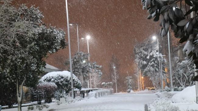 Kartpostallık kar yağışı görüntüleri