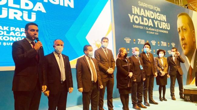 AK Parti Sarıyer'in hizmet bayrağı Halil İbrahim Kurşun'a emanet edildi
