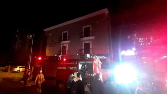 Ataşehir'de bir otelde yangın çıktı